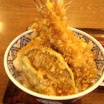 41235631 - ジャンボ天丼のアップ画像