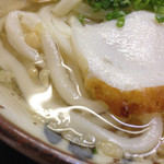 番丁 - 中くらいの麺でコシなし出汁が出てない
