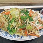 食堂きむらや - かなりボリュームのある野菜炒め