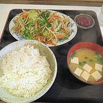 食堂きむらや - 野菜いため定食(650円)