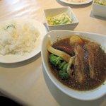 イチロク - チキンベース、炙りチャーシュー+野菜2015.08.26