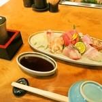 本等鮨 海馬 - お造りにはお酒が美味しい