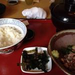 まるさ水産 - タタキイワシの香味ぶっかけ丼