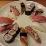 寿司元 - 料理写真:地物握り