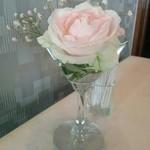 グリル 木の実 - テーブルのお花
