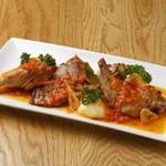ラ ガジェガ - 骨付きウサギ肉のカナリア風1700円