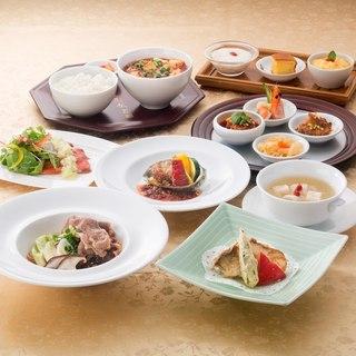 シンガポールで育った本格四川料理