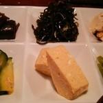 青家 - 京おばんざい薬膳定食(1400円)