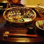 藤助の湯 ふじや - 料理写真:(夕食)【籠に春を集めました】