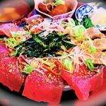 旬魚 旬菜 お食事処まつき - 料理写真:海鮮はみ出しお造り丼+飲み放題コース