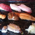 大和寿司 - お好み8貫にぎり