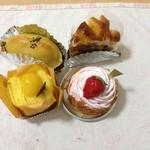 壷屋  - モンブラン、苺モンブラン、スイートポテト、リンゴケーキ