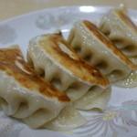 りんりん - ご自慢の手づくり餃子(生姜焼きとのセット)