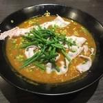 かれー麺 実之和 - 20150806 赤いかれー麺