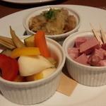 オステリア タナロ - 小皿3品 1,200円