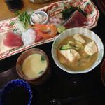板前料理いち川 - 刺し盛り御膳 ¥1050