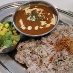 ピノコーダカフェ - シーフードカレー(五穀米)