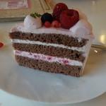 41288455 - ホワイトチョコ生ケーキ