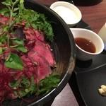 Ama-Oto - 肉バルのローストビーフ丼