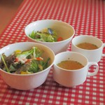 ヴォーノミイナ加藤 - セットのサラダとスープ
