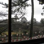 413037 - 窓から石川門が見えます