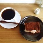 モデラートロースティングコーヒー - ブラジルヴェレーダ農園ナチュラルティラミス、
