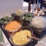 41304093 - 豊富な野菜ブッフェ