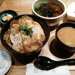 浅野屋 - カツ丼セットーごま豆腐が旨いー