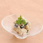 蕎麦ダイニング 徳蔵 - 黒豆ときなこのアイスクリーム。バニラ、抹茶、柚子シャーベットもあります。