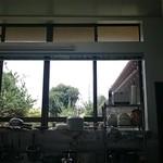 うどん弥 根古坂 - カウンターからの景色