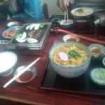 丸多屋 - カレー饂飩 かつ丼
