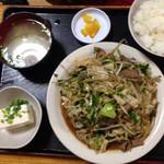 花織そば - レバニラ炒め定食¥750