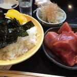 寿司 真之助 - 中トロのづけ丼 土曜日と月曜日しか有りません