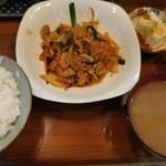41329903 - 豚キムチ定食