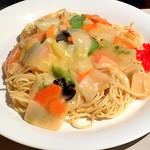 ブルーリボン - 料理写真:あんかけスパゲッティ