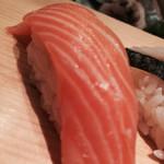 築地玉寿司 - サーモン