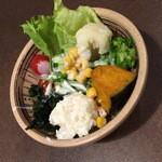 いわたき - 食べ放題のサラダ2015年8月