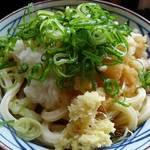 丸亀製麺 - 青ネギと生姜をトッピング