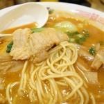 らーめん 林 - 2015年6月 上海ラーメンの麺の具合