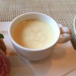 オリゾンテ - とうもろこしのスープ