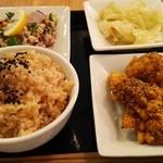 パリヤ - 玄米セット (1180円)