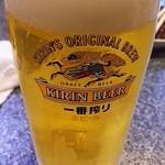 焼肉じゃんぼ - ドリンク写真:凍ったグラスの一番搾り
