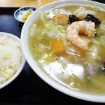 明華園 - 広東麺にミニチャーハン