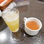 ベビーフェイスプラネッツ - ドリンクーバーでスープも飲めます♪