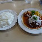 ボンボニエール - ハンバーグステーキ・ガーリック醤油ソース(スープ・デザート・ドリンク・ライス付き、1080円)