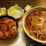 そば処 千家 - 十勝豚丼定食(蕎麦大盛り)