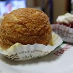 ウィーン菓子 シーゲル - シュースウェードワ¥320