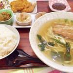 とん吉食堂 - 選べる定食(沖縄そば・トンカツ)