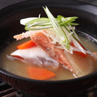 寿司だけじゃない!汁物も旨い函太郎です。