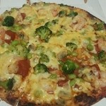 ピザリトルパーティ - トマトと枝豆の海鮮ピザ